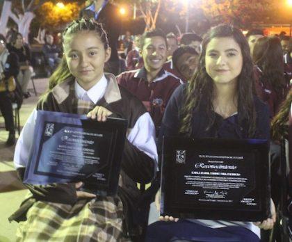 Foto 2-Jóvenes destacadas en Cultura y Educación.