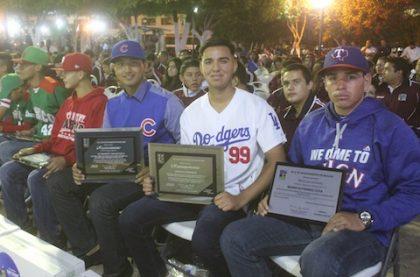 Foto 4-Deportistas destacados, reconocimiento al mérito deportivo 2017