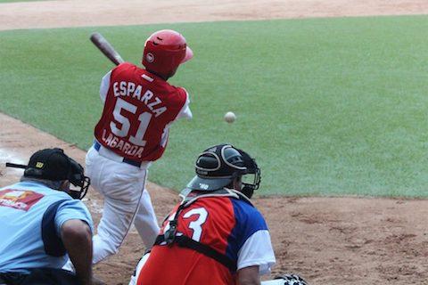 beisbol-deporte-990x660